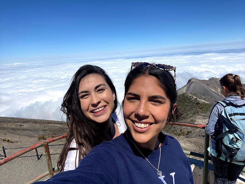 Becca Hernandez '20 and Hannah Martinez '20 in Costa Rica